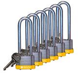 Brady Amarillo Acero 5 pernos Candado de seguridad con llave 123239 - Ancho 1 5/16 pulg. - Altura 1 1/5 pulg. - Número de llaves incluidas 1 - 754473-71991