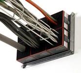 3M PT4SSMB Plateado Cuadrado Soporte de montaje para el dispositivo pasante - Ancho 4 pulg. - Longitud 4 pulg. - Altura 10 pulg. - 051115-18777
