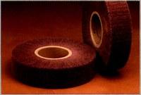 3M Scotch-Brite No tejido Óxido de aluminio Rueda laminada - Diámetro 8 pulg. - Agujero Central 3 pulg. - Grado de densidad: duro - 27848